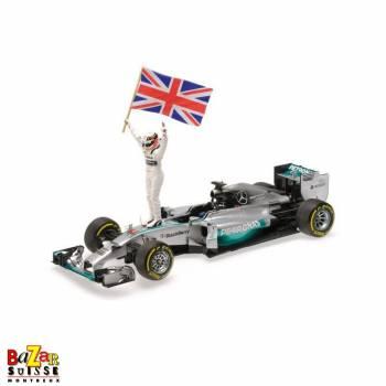 Mercedes AMG Petronas voiture 1:18 de Minichamps