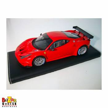 Ferrari 458 Italia GT2 1:18...