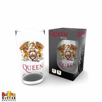 Queen Crest mug
