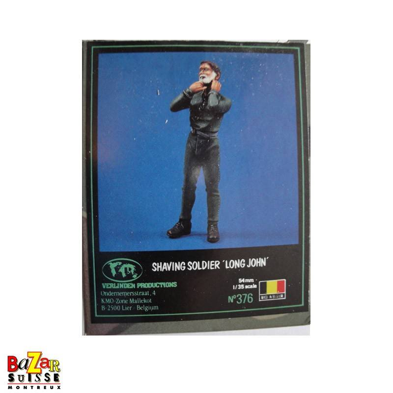 Shaving Soldier Long John - Verlinden Figurine